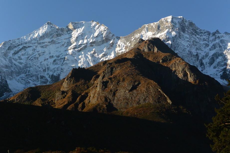 """2014年10月 『エヴェレスト・三峠越えトレッキング』 October 2014 \""""Three Pass Crossing in Everest\"""" _c0219616_21442642.jpg"""