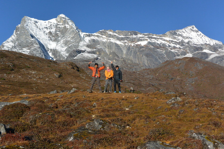 """2014年10月 『エヴェレスト・三峠越えトレッキング』 October 2014 \""""Three Pass Crossing in Everest\"""" _c0219616_21485995.jpg"""