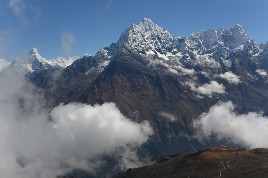 """2014年10月 『エヴェレスト・三峠越えトレッキング』 October 2014 \""""Three Pass Crossing in Everest\"""" _c0219616_21531843.jpg"""