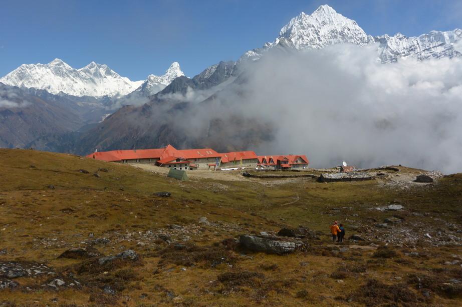 """2014年10月 『エヴェレスト・三峠越えトレッキング』 October 2014 \""""Three Pass Crossing in Everest\"""" _c0219616_2253131.jpg"""