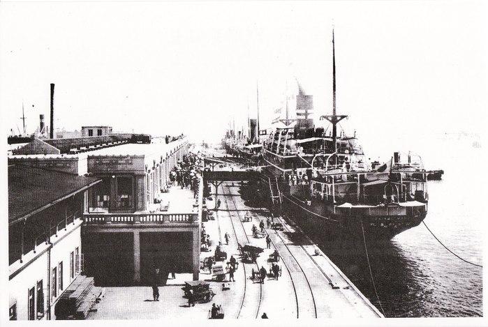ショック!? あの『ラストエンペラー』に出てくる大連港の名所がなくなってしまった_b0235153_13214782.jpg