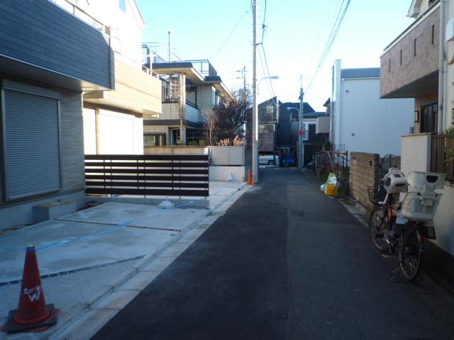 京王線『代田橋』駅7分完成済新築3棟現場_b0246953_19282034.jpg