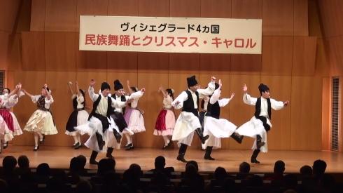 「V4+日本」 ~民族舞踊とクリスマス・キャロル~_b0043954_00462983.jpg