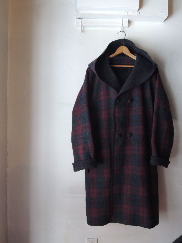 WOOL HOODED COATS & CHRISTMAS PRESENT--RECOMMEND--_c0176867_15344835.jpg