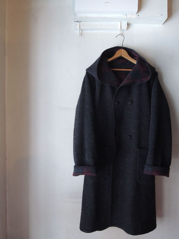 WOOL HOODED COATS & CHRISTMAS PRESENT--RECOMMEND--_c0176867_1565818.jpg