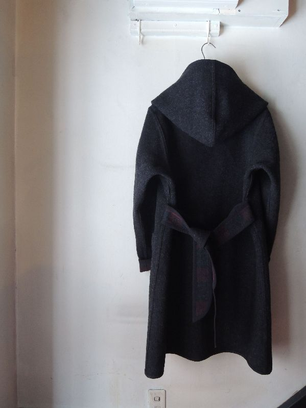 WOOL HOODED COATS & CHRISTMAS PRESENT--RECOMMEND--_c0176867_157879.jpg
