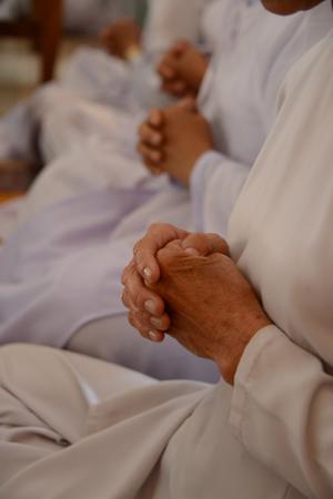 神とはもう一人の自分であり、祈りとは自分への暗示効果_e0171573_2311529.jpg