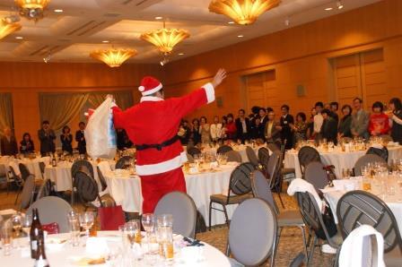 第16回 クリスマス親睦会_e0190287_12455354.jpg