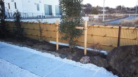 造園工事完了!!_c0066693_18333610.jpg