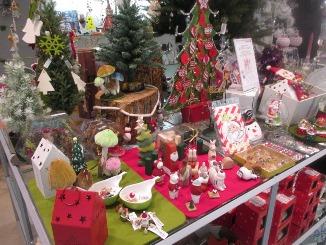 クリスマスを記念に、毎年コレクション?!_d0091909_16381215.jpg