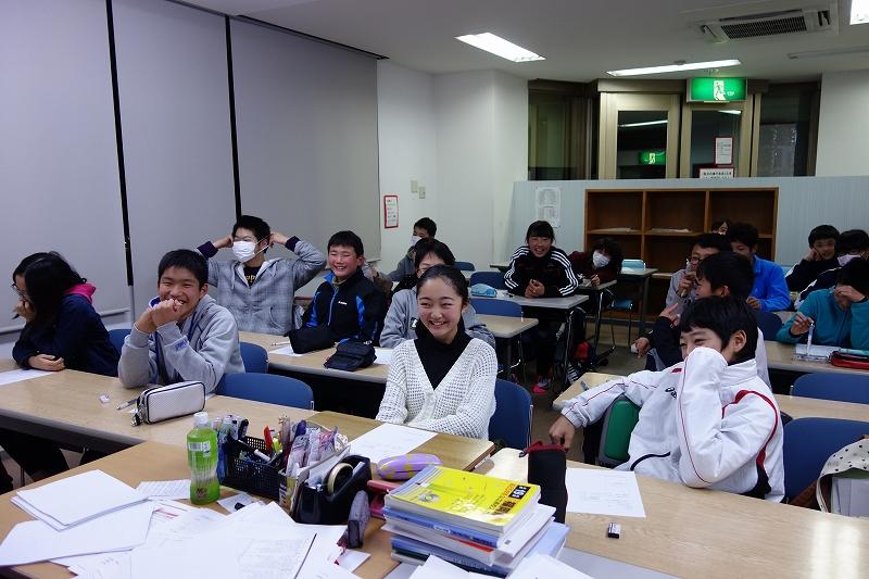 冬期講習初日はクリスマス会!_d0116009_9395960.jpg