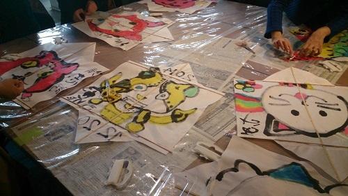 昔遊び「凧作り教室」を開催しました  2014年12月20日_b0228113_09400800.jpg