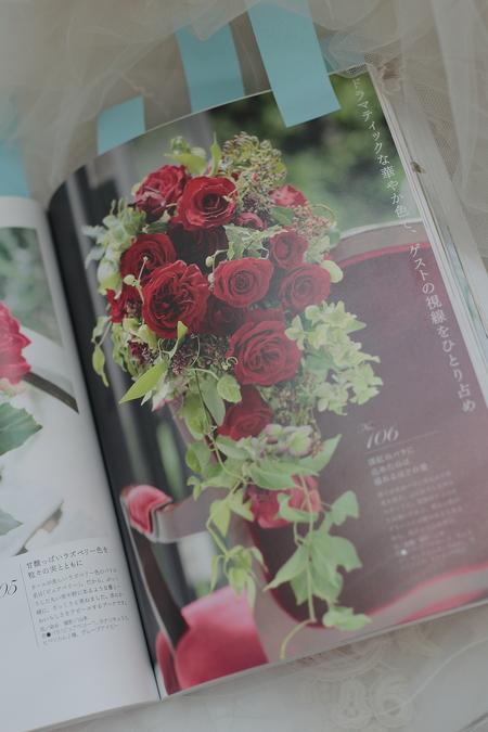 花時間「人気の花別ウエディングブーケ247」と「チューリップ図鑑by花時間」掲載のお知らせ_a0042928_22211997.jpg
