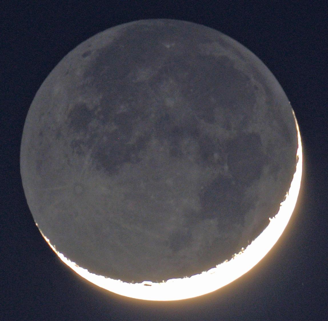 Crescent MOON_e0089232_18083191.jpg