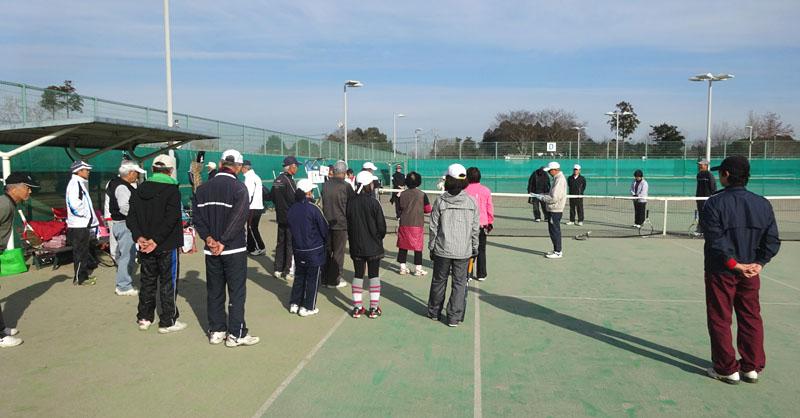 今年最後のシニアテニス練習会_b0114798_1612341.jpg