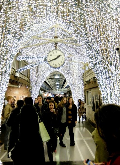 チェルシーマーケットのクリスマス風景_b0007805_2283163.jpg