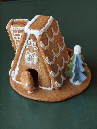 苺のクリスマスケーキ +ヘクセンハウス_b0254207_19465483.jpg
