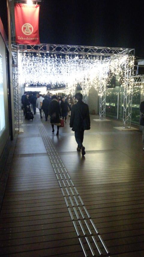 高輝度発光ダイオード発明の国、日本のクリスマスイルミネーションがすごい!_e0171614_22261844.jpg