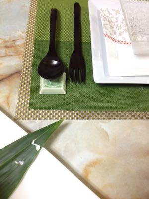 クリスマスのテーブル:白いツリーサラダ_e0086864_0515093.jpg