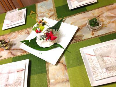 クリスマスのテーブル:白いツリーサラダ_e0086864_0515427.jpg