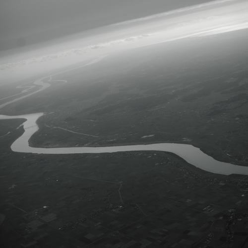 川をわたる旅人へ_f0015366_1955969.jpg