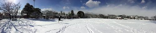 雪の散歩道_e0158970_18504634.jpg