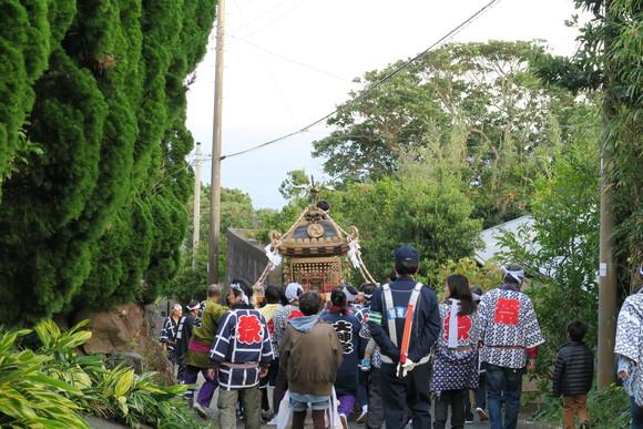 今日は神社のお祭りでした_e0292172_22262727.jpg