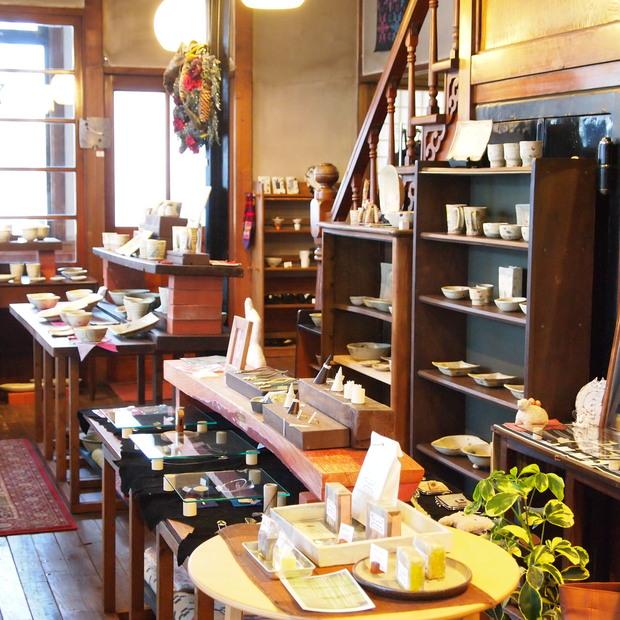 はこだて工芸舎さんで、チベタンラグをお買いもの_a0292194_20271515.jpg