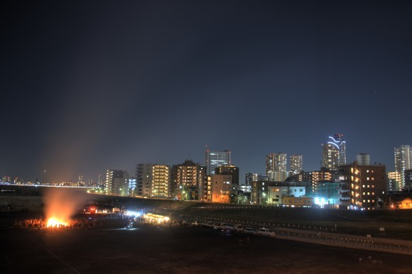 ともしび 沼尻 修一さん 多摩川丸子橋で撮影