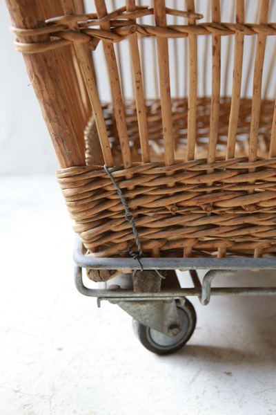 Basket Wagon_b0226846_1543363.jpg