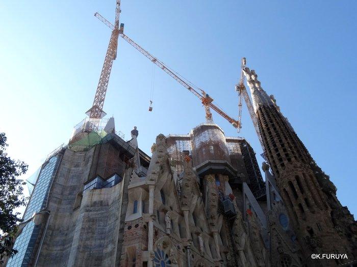 スペイン旅行記 19 バルセロナへ_a0092659_21155274.jpg