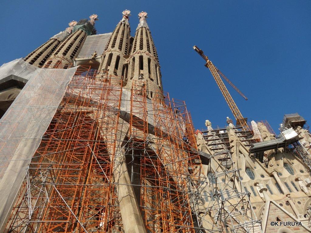 スペイン旅行記 19 バルセロナへ_a0092659_21274499.jpg