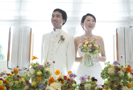 秋の装花 結婚式、楽しく過ごした一日に 雨上がり オレアジ様へ_a0042928_1914994.jpg