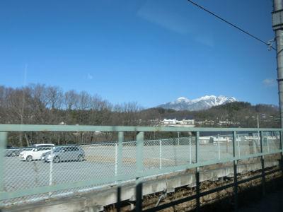 雪の山、光る地面!_f0019247_17265569.jpg