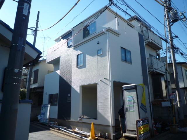 『上板橋』駅徒歩2分新築角地完成間近_b0246953_18273906.jpg
