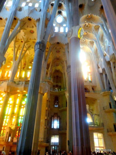スペイン旅行記 19 バルセロナへ_a0092659_1347694.jpg