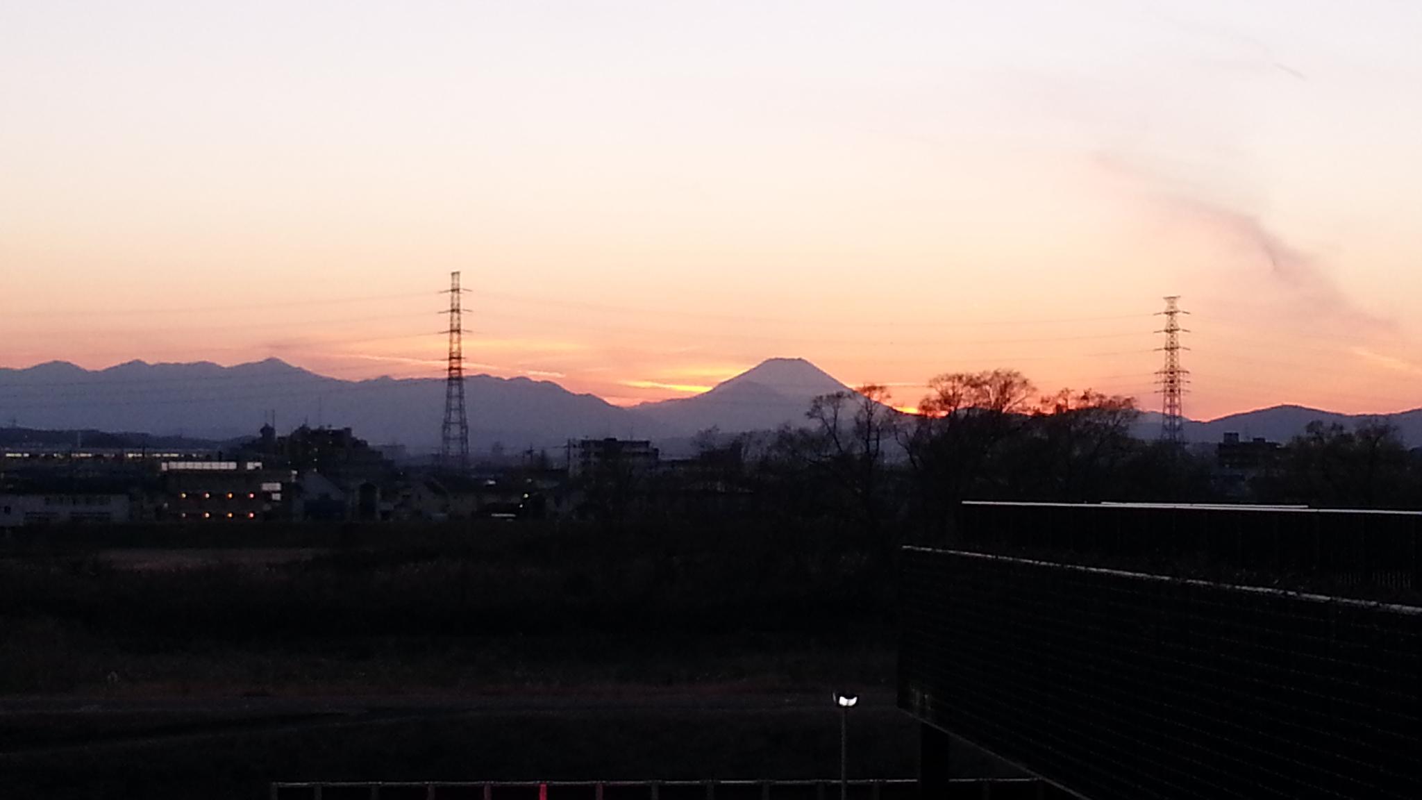 12/27 日没後の富士山@国立温泉湯楽(ゆら))の里_b0042308_193433.jpg