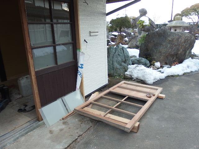 納屋のリフォーム 工事進行中です。_f0105112_11252910.jpg