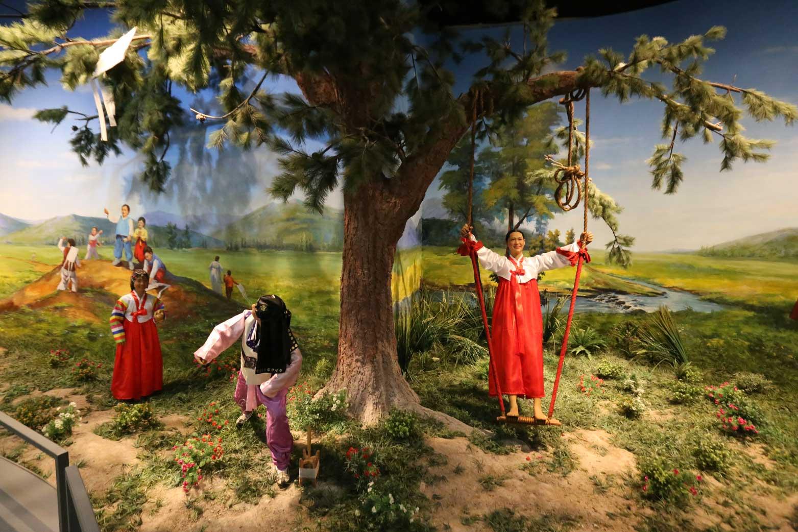 延辺朝鮮族自治州60周年にできた延辺博物館と朝鮮族の冷めた関係_b0235153_11222618.jpg