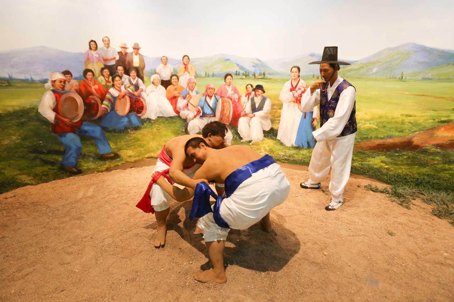 延辺朝鮮族自治州60周年にできた延辺博物館と朝鮮族の冷めた関係_b0235153_11224959.jpg