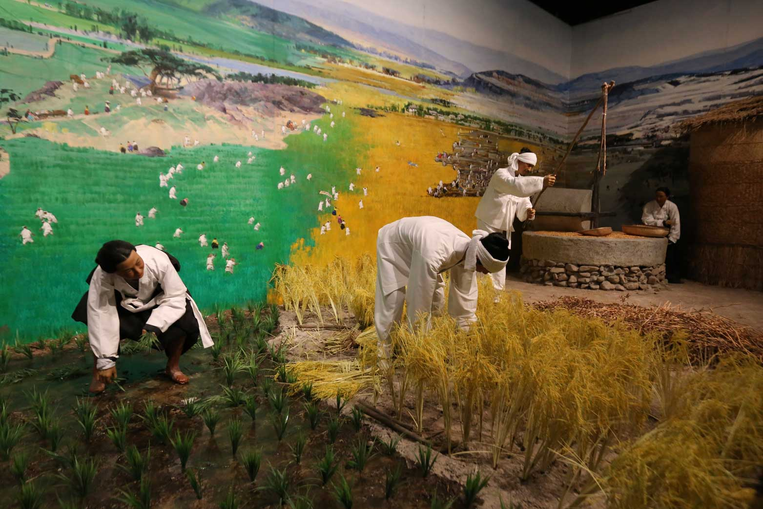 延辺朝鮮族自治州60周年にできた延辺博物館と朝鮮族の冷めた関係_b0235153_11245746.jpg