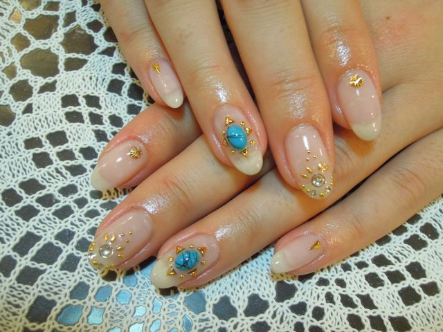 Turquoise Nail_a0239065_1051089.jpg