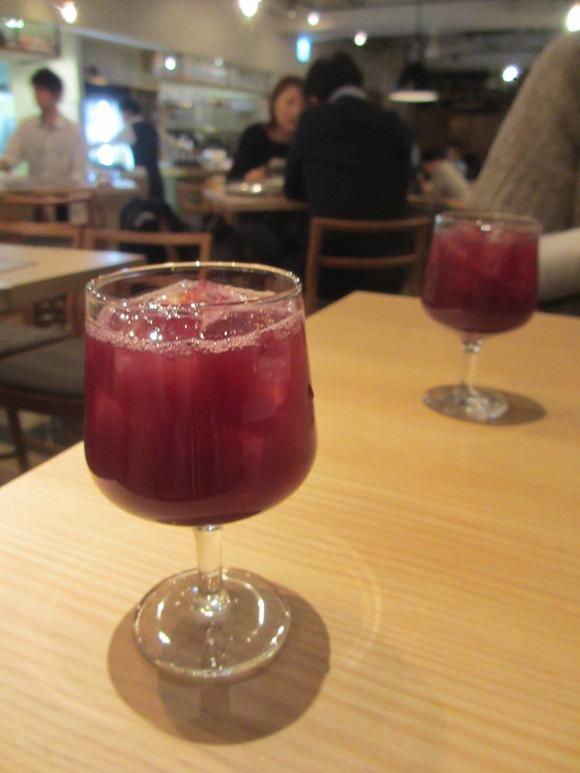 サングリアで乾杯! 忘年会_b0187479_12243437.jpg