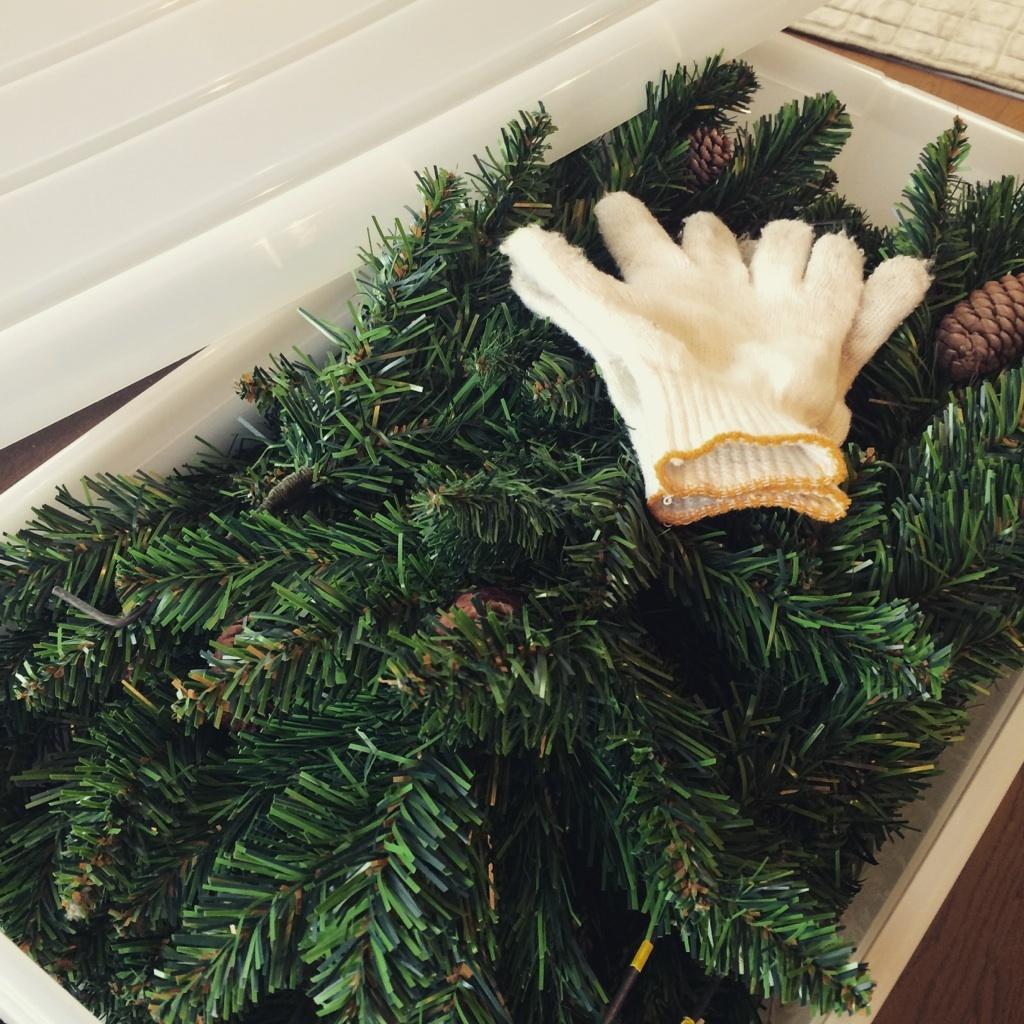 お正月準備と クリスマスのお片づけ_e0303386_10015534.jpg