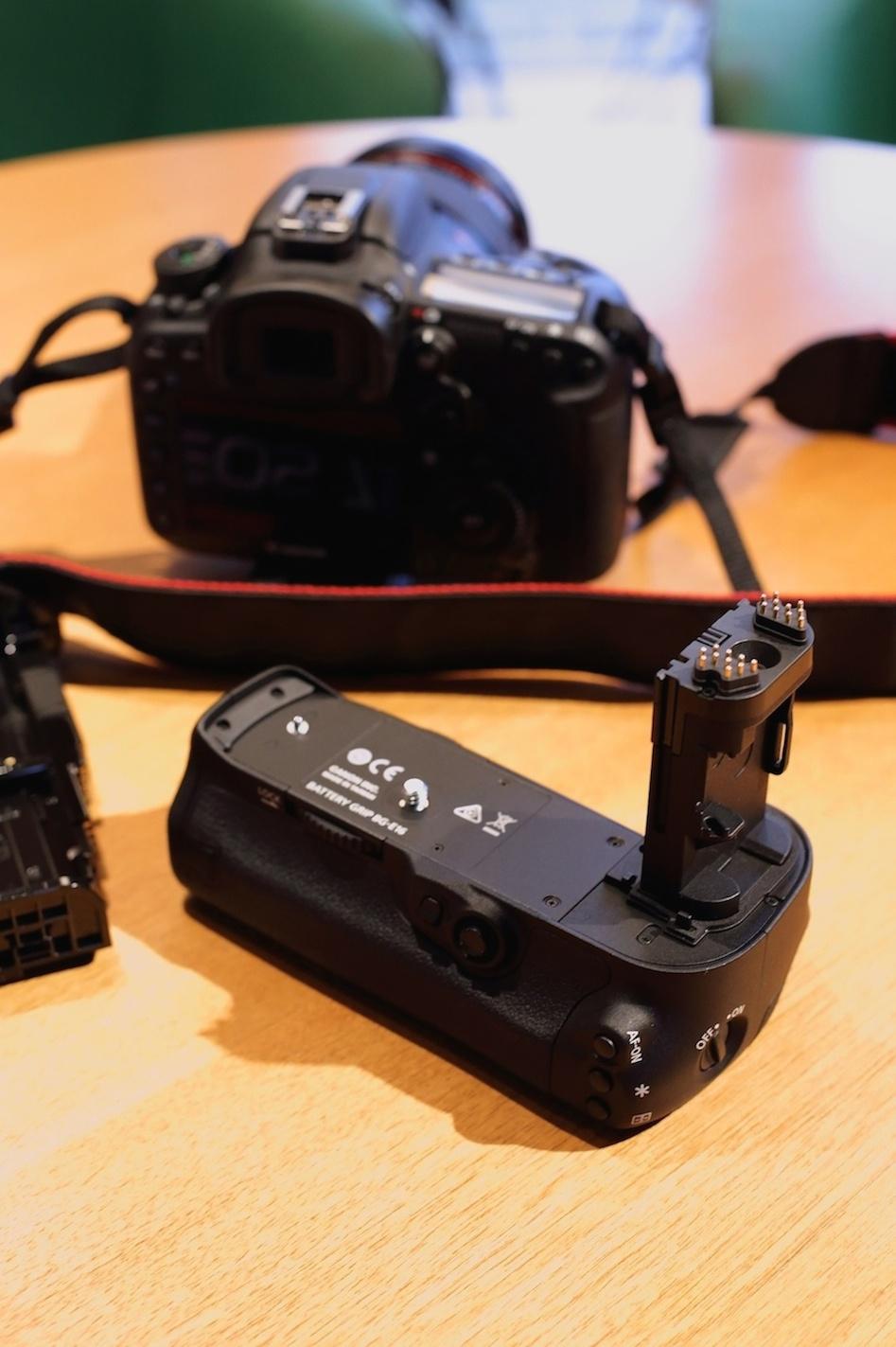 Canon EOS 7D Mark II GET BG(バッテリーグリップ)キャンペーン_d0081605_14331942.jpg