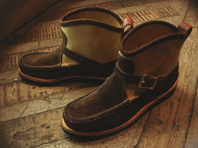 NEW : RUSSELL MOCCASIN CO.[Sporting Clays Chukka] & [Knock-A-Bout Boot with Strap] !!_a0132147_1153327.jpg