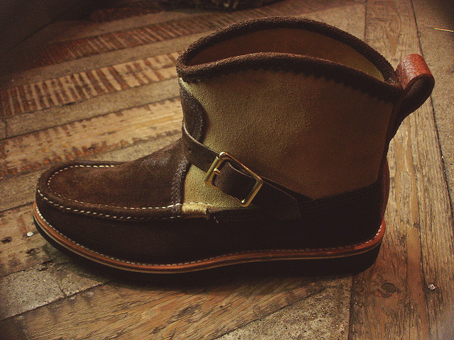 NEW : RUSSELL MOCCASIN CO.[Sporting Clays Chukka] & [Knock-A-Bout Boot with Strap] !!_a0132147_1153831.jpg