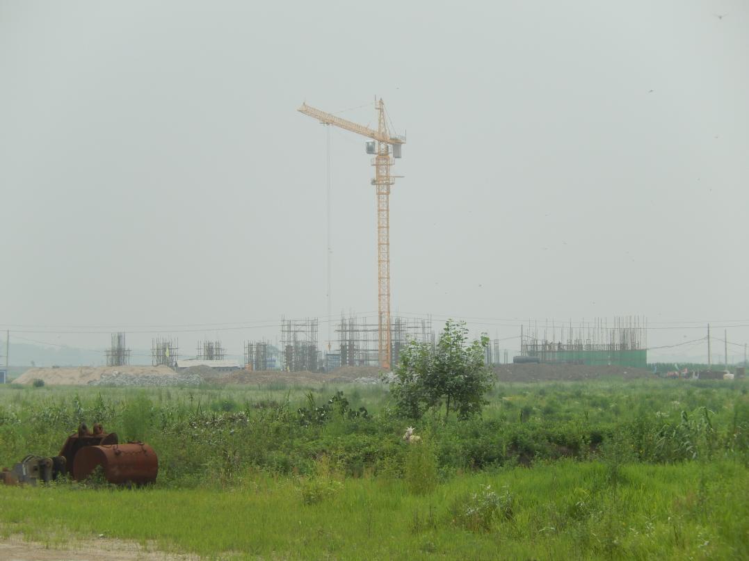 中朝共同開発の工業団地「黄金坪」はいまだ停滞中_b0235153_139410.jpg