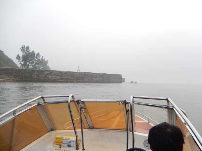 いま中朝国境で最もスリリングな遊覧ボートの旅(天逸埠頭)_b0235153_17102340.jpg