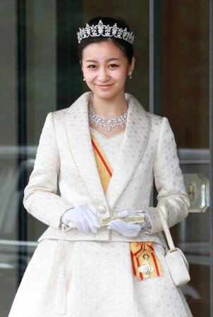 今日は、ーー秋篠宮家の二女、佳子さま。20歳のお誕生日。ーーおめでとうございます。_d0060693_7224591.jpg